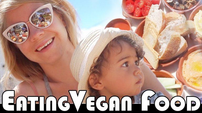 EATING VEGAN FOOD IN PORTUGAL – FAMILY DAILY VLOG
