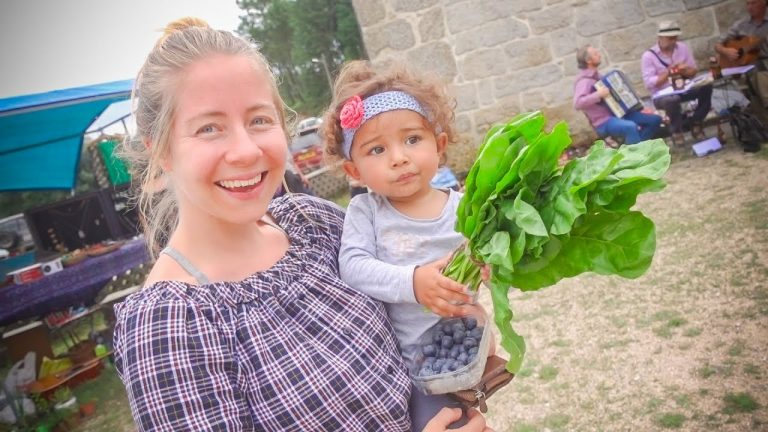 COMMUNITY FARMERS MARKET IN PORTUGAL – Our first Time Here